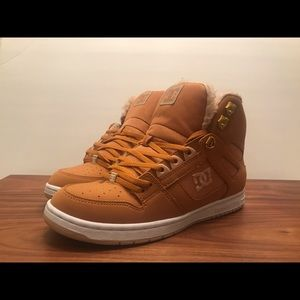 New Women's DC Pure High Top WNT faux fur shoes